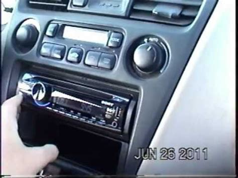 2000 Honda Accord stereo replacement in 5 minutes - YouTube